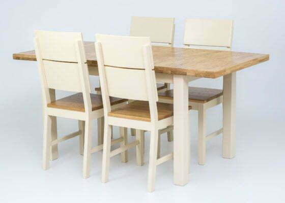 Кухонні столи з дерева: як правильно підібрати колір