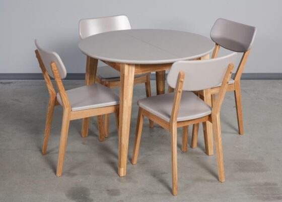 столы из натурального дерева на кухне